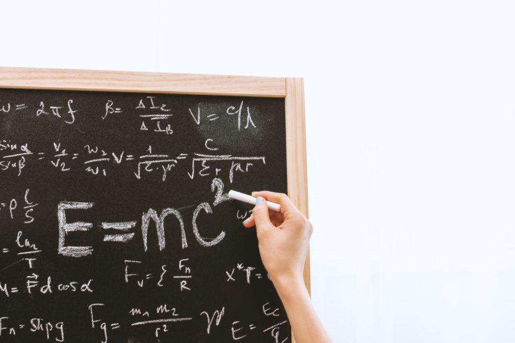 Matemática é área onde mulheres se destacam e recebem medalhas
