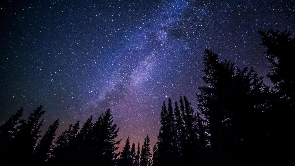 Chuvas de estrelas e cometas vão marcar o quinto mês do ano.