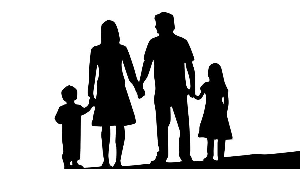 Pesquisa aponta que o isolamento social impactou positivamente no papel dos pais.